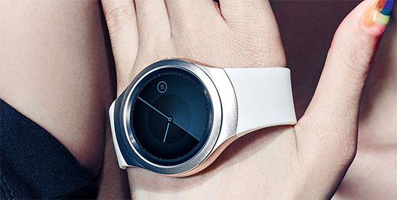 Samsung-Gear-S2-promo-2